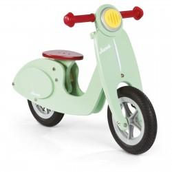 Scooter de equilibrio verde de madera