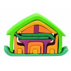 Casa de madera con sus complementos de color neón
