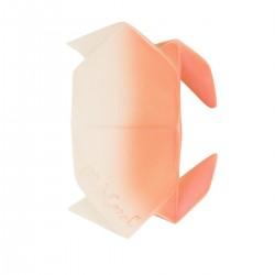 El cangrejo mordedor de caucho