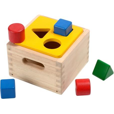 Caja de madera para encajar las formas